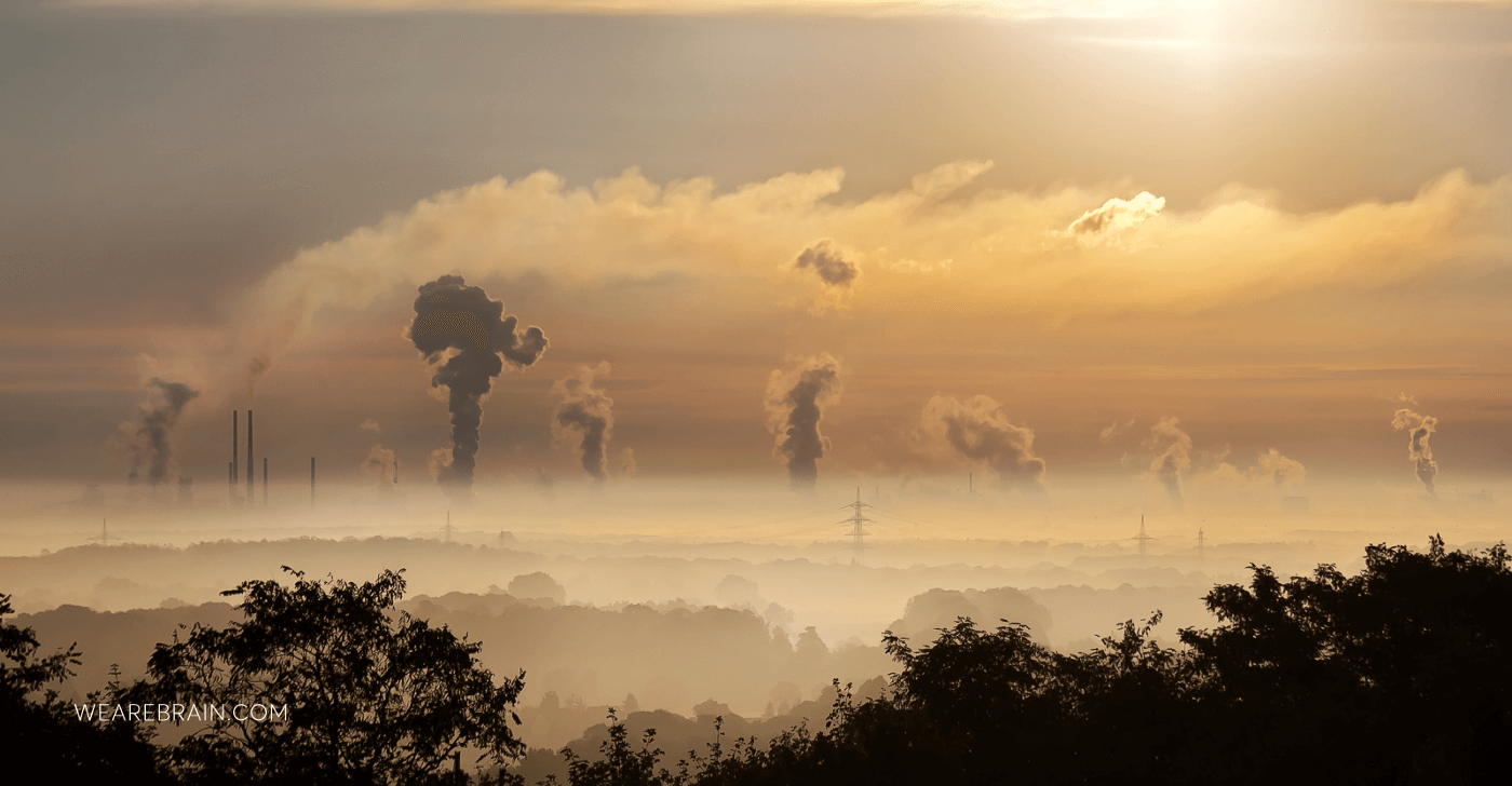 picture of factories polluting the air